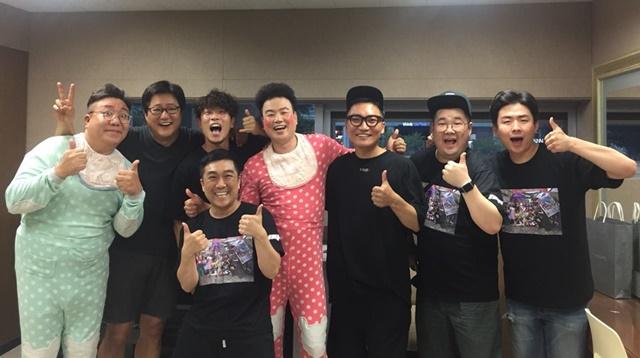 곽도원·조재윤, 영화제 아닌 '부코페' 찾은 이유..'옹알스 응원!'