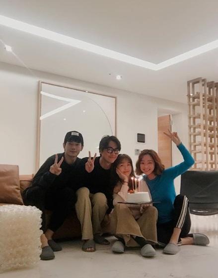 남궁민·민아·온주완·서효림, 여전한 '미녀 공심이' 우정[★SNS]